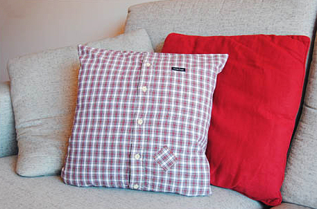 How to make designs on pillow cases out of shirts